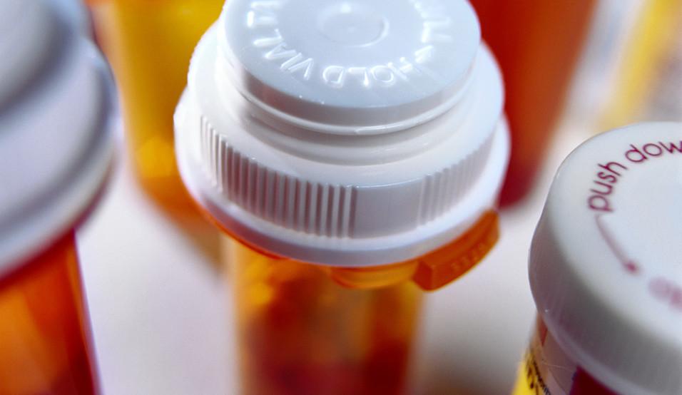 MedicineBottles_54184LR